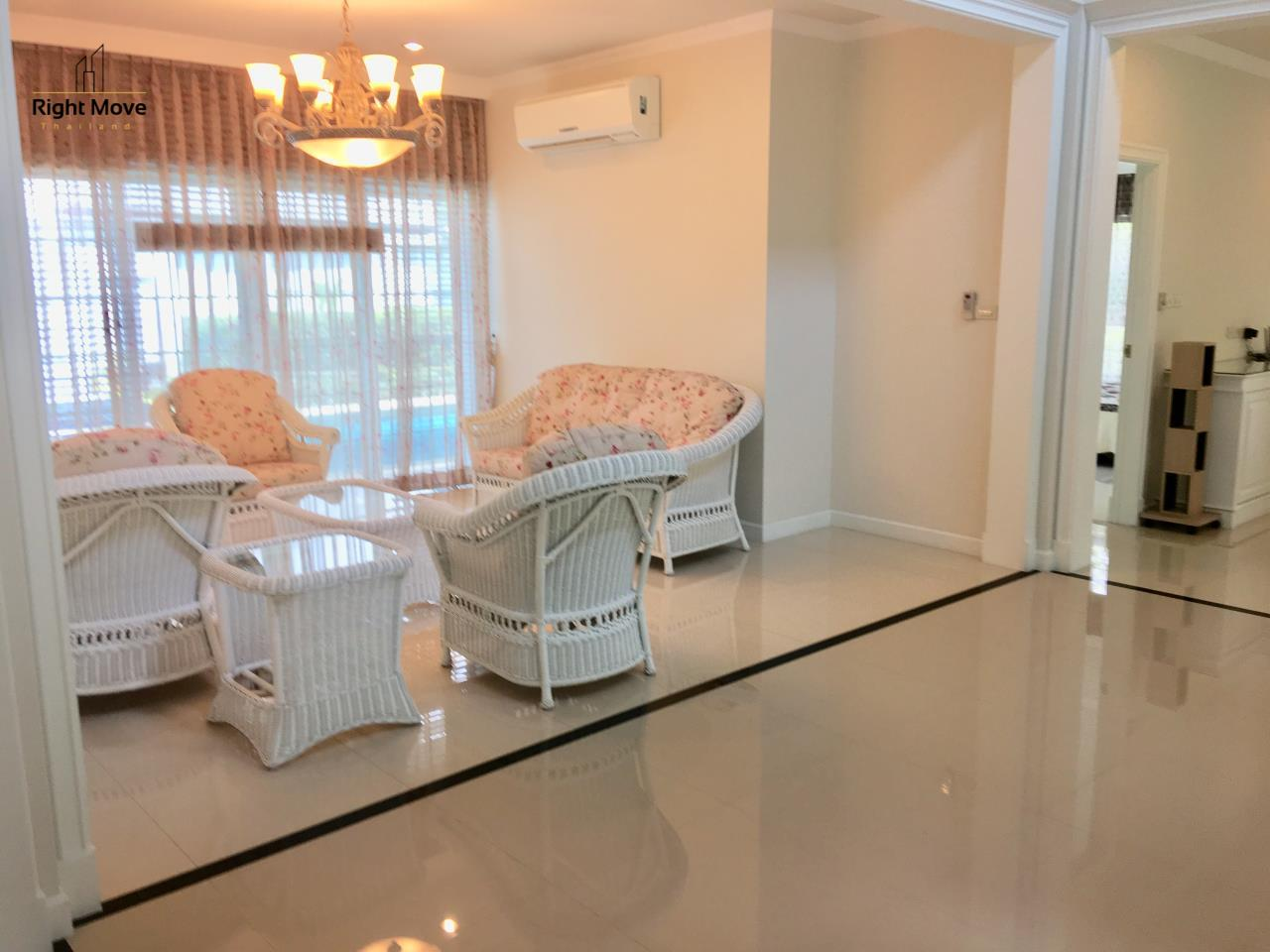 Right Move Thailand Agency's HR321 House for rent - 170,000 THB - 4 Bedrooms - 500 Sqm - Private Pool 6