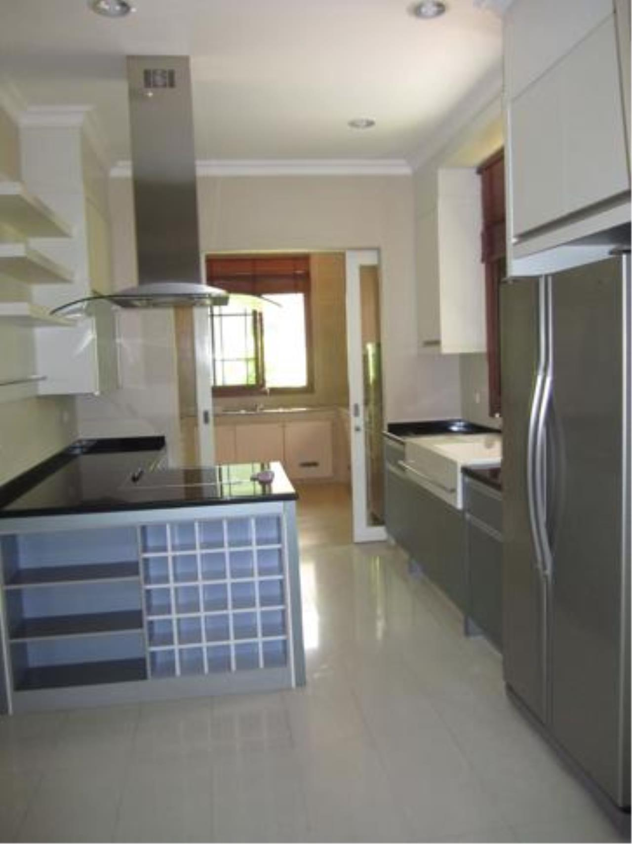 Right Move Thailand Agency's HR413 House For Rent 3 Bedrooms 374 Sqm 1