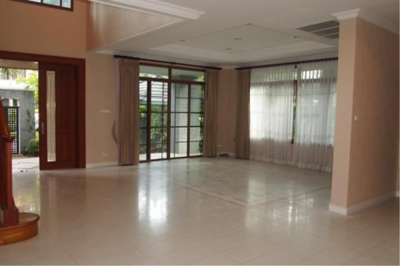 Right Move Thailand Agency's HR422 Narasiri Srinakarin For Rent 4 Bedrooms 428 Sqm 2