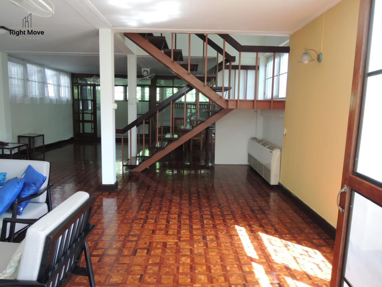 Right Move Thailand Agency's HR501 Detached House For Rent 65,000 THB 2 Bedrooms 170 Sqm 5