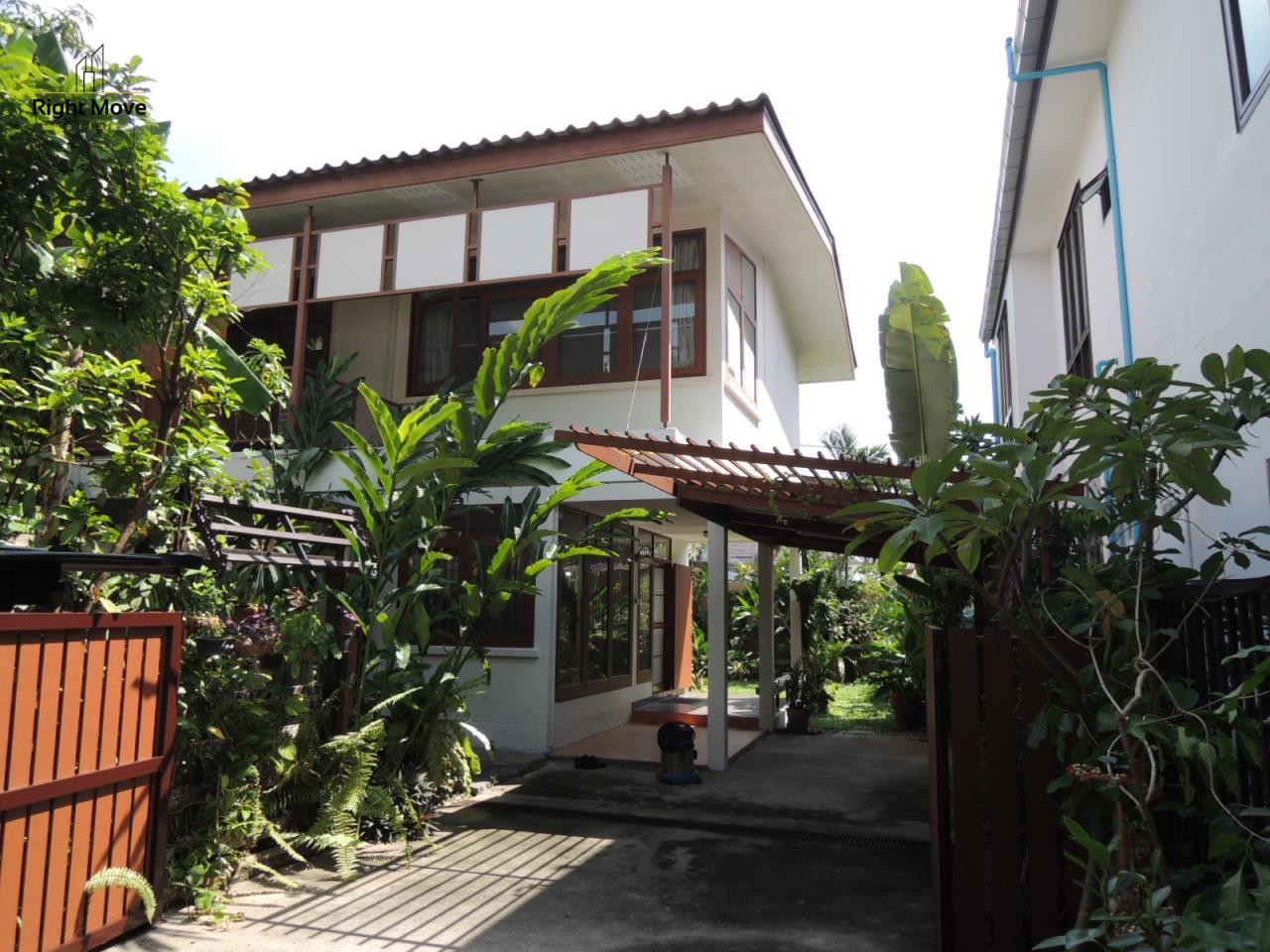 Right Move Thailand Agency's HR501 Detached House For Rent 65,000 THB 2 Bedrooms 170 Sqm 1