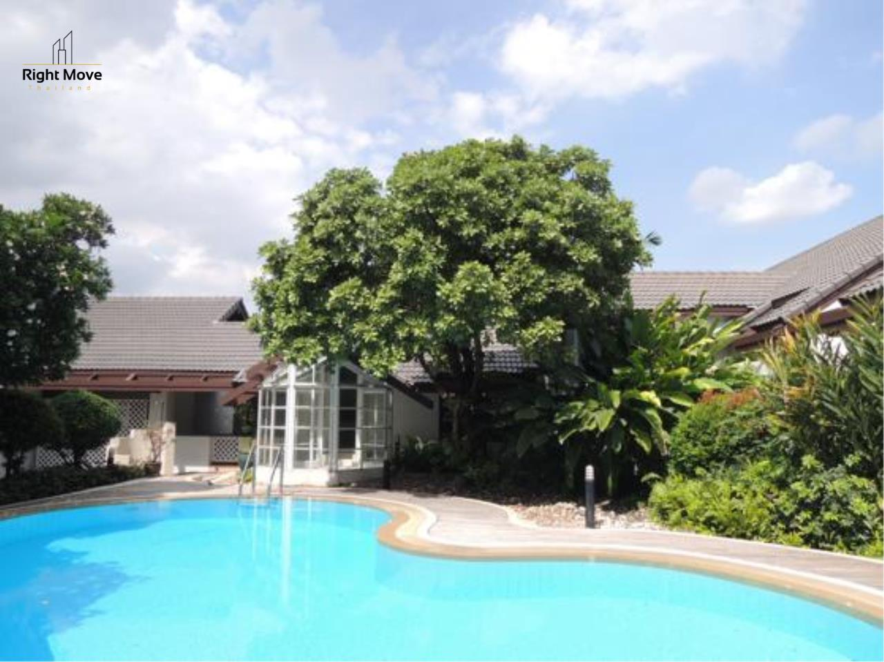 Right Move Thailand Agency's HR663 House With Private Pool For Rent 350,000 THB 4 Bedrooms 1000 Sqm 1