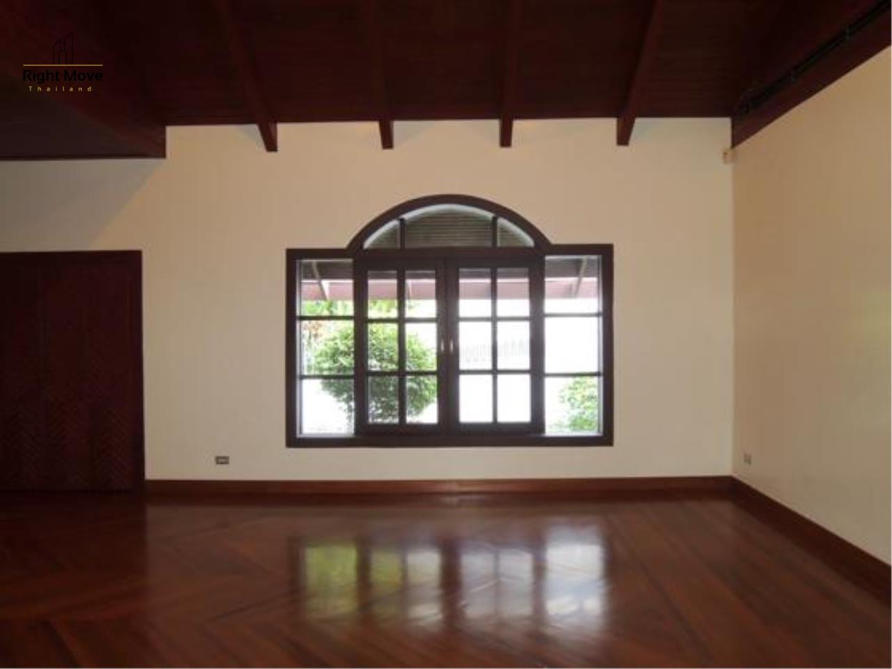 Right Move Thailand Agency's HR663 House With Private Pool For Rent 350,000 THB 4 Bedrooms 1000 Sqm 10