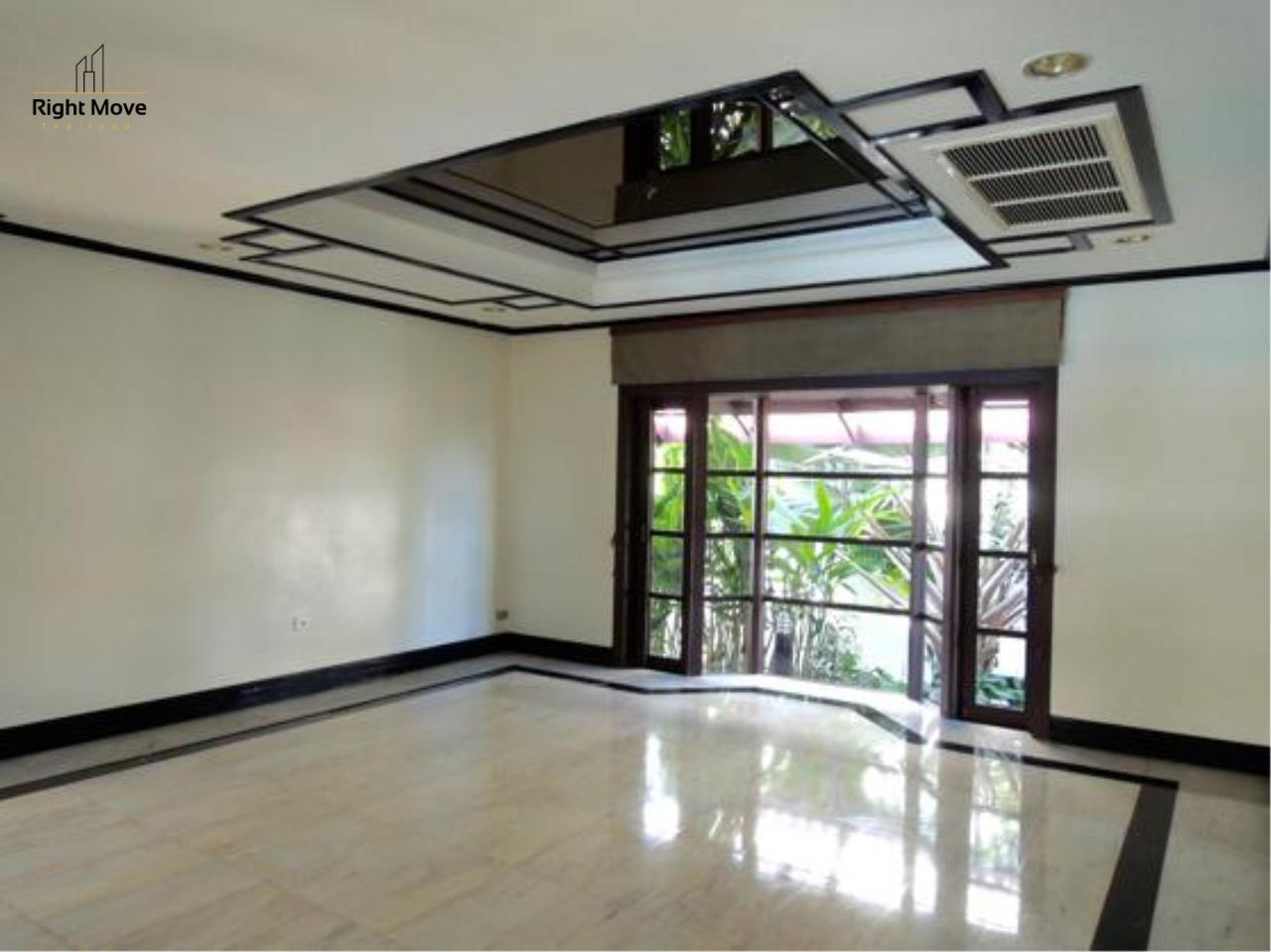 Right Move Thailand Agency's HR663 House With Private Pool For Rent 350,000 THB 4 Bedrooms 1000 Sqm 17