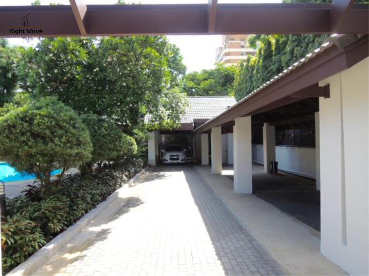 Right Move Thailand Agency's HR663 House With Private Pool For Rent 350,000 THB 4 Bedrooms 1000 Sqm 6
