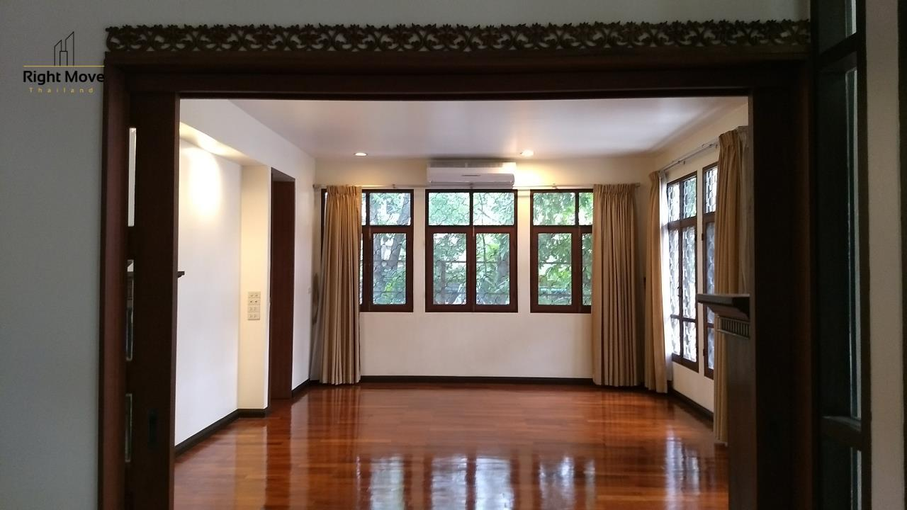 Right Move Thailand Agency's HR670 House For Rent 150,000 THB 6 Bedrooms 850 Sqm 6
