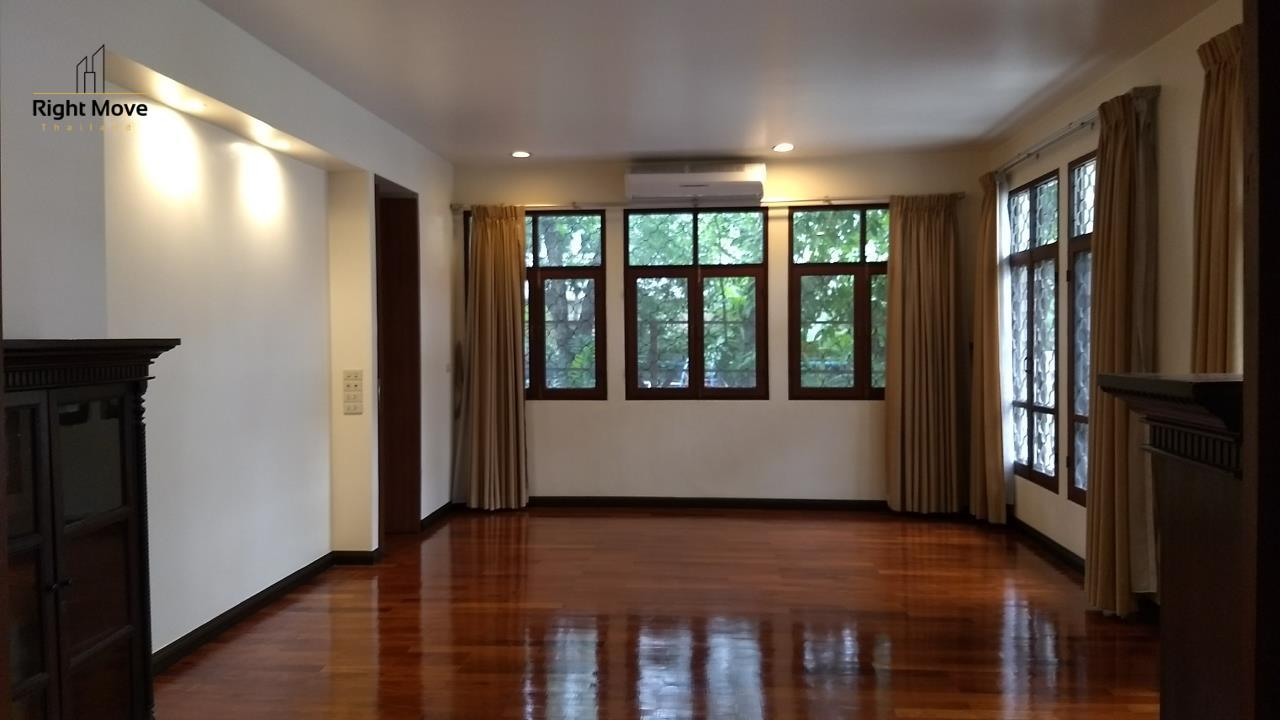 Right Move Thailand Agency's HR670 House For Rent 150,000 THB 6 Bedrooms 850 Sqm 7