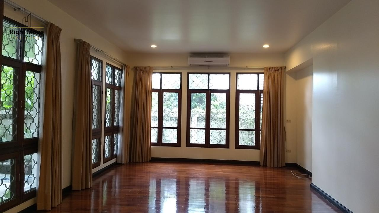 Right Move Thailand Agency's HR670 House For Rent 150,000 THB 6 Bedrooms 850 Sqm 5