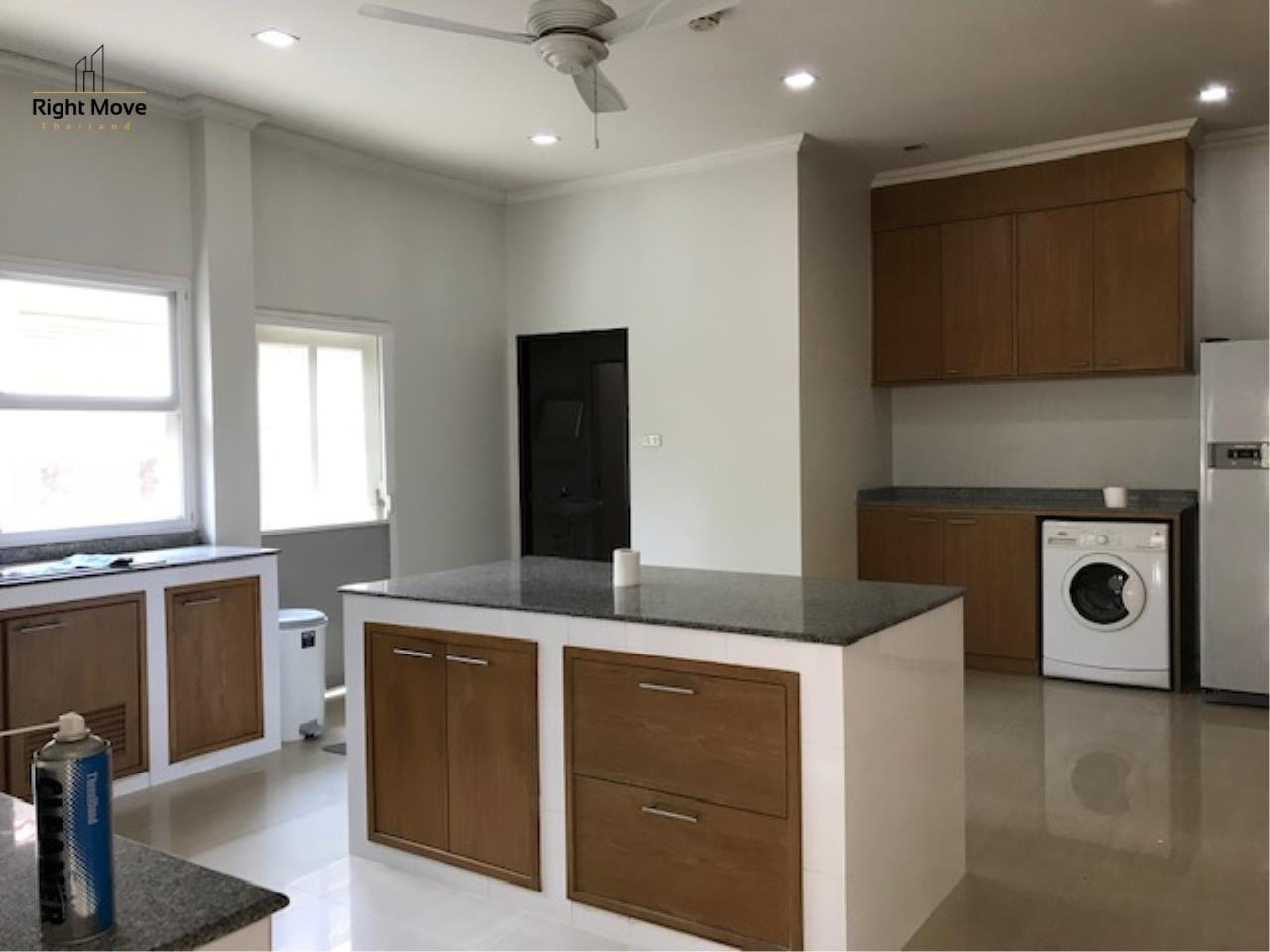 Right Move Thailand Agency's HR781 House For Rent 60,000 THB 3 Bedrooms 120sqw  3