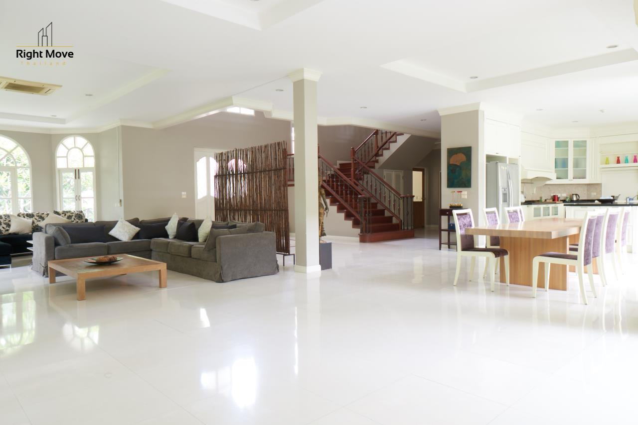 Right Move Thailand Agency's HR786 Pruekpirom House For Sale 65,000,000 THB - 325 Sqw 4