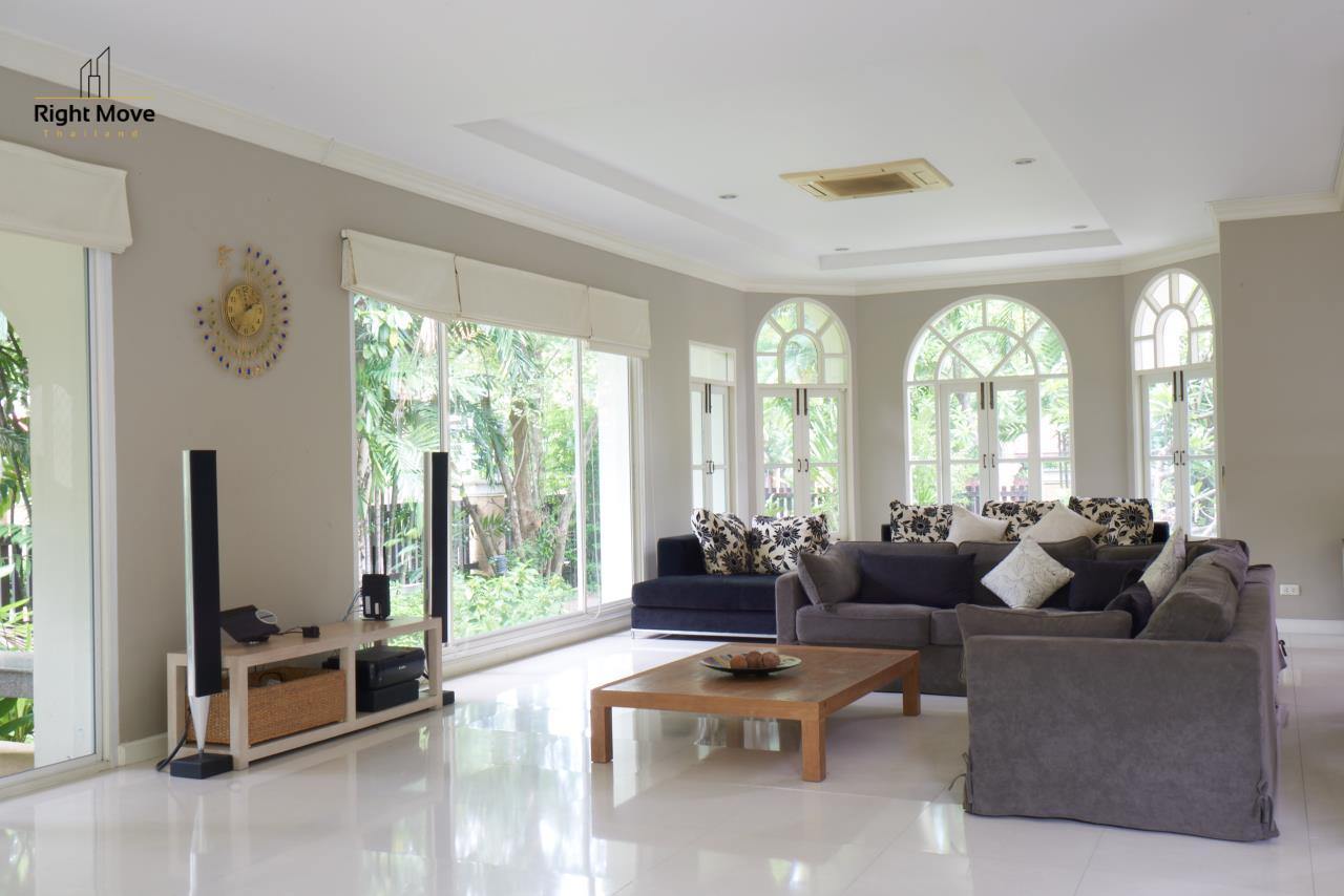 Right Move Thailand Agency's HR786 Pruekpirom House For Sale 65,000,000 THB - 325 Sqw 1