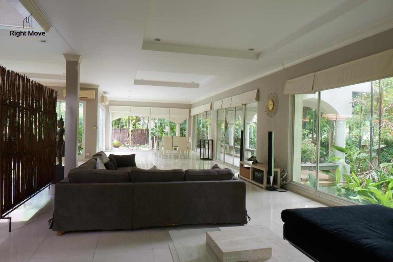 Right Move Thailand Agency's HR786 Pruekpirom House For Sale 65,000,000 THB - 325 Sqw 2
