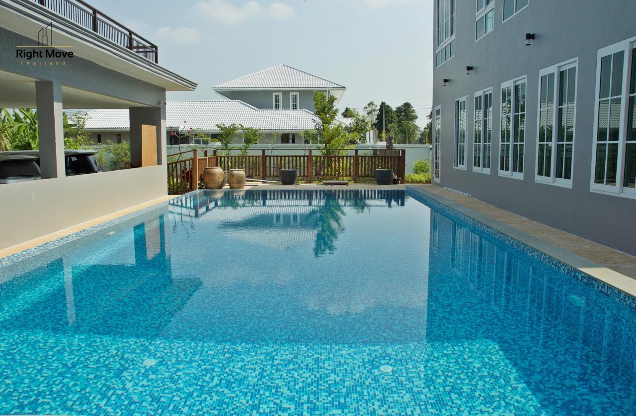 Right Move Thailand Agency's HR809 Panya Ramintra Village for sale - 6 Bedrooms - Private Pool - 1,000 sqm. 6