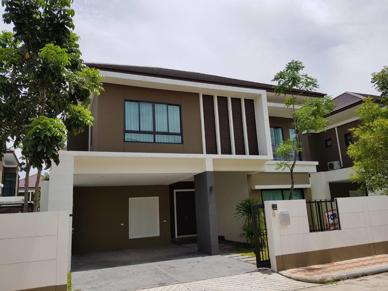 Right Move Thailand Agency's HR820 Villa Arcadia 2 house in compound for rent 70,000THB - for sale 11,900,000THB - 4 bedrooms - 230sqm. 1