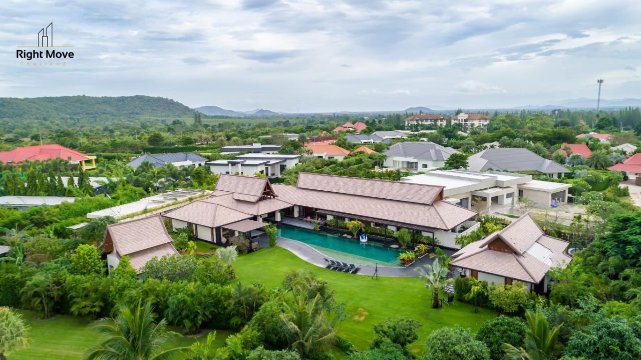 Right Move Thailand Agency's HR853 Hua Hin Villa for sale 200,000,000 THB - 2 Rai - Private Pool 23