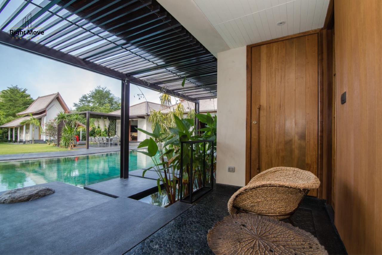 Right Move Thailand Agency's HR853 Hua Hin Villa for sale 200,000,000 THB - 2 Rai - Private Pool 8