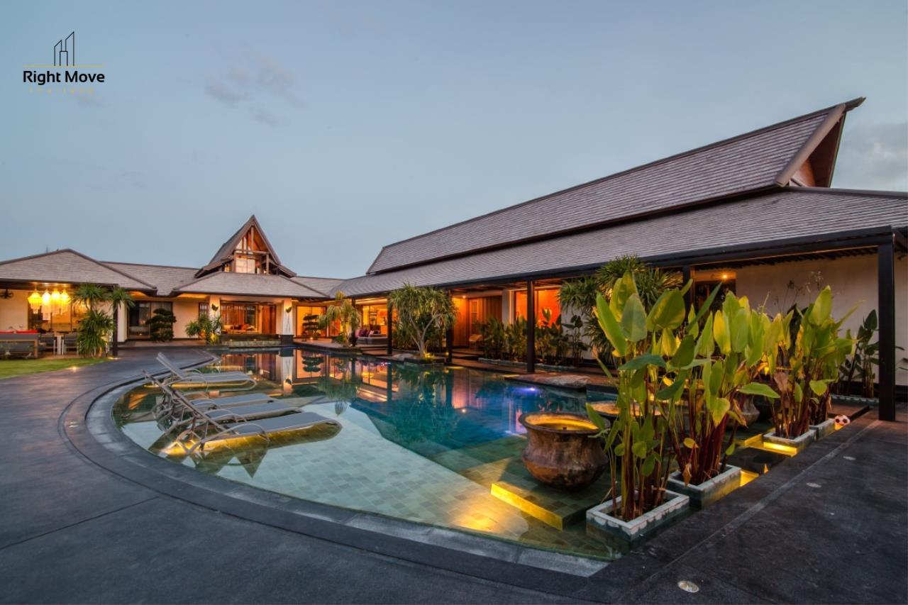 Right Move Thailand Agency's HR853 Hua Hin Villa for sale 200,000,000 THB - 2 Rai - Private Pool 1