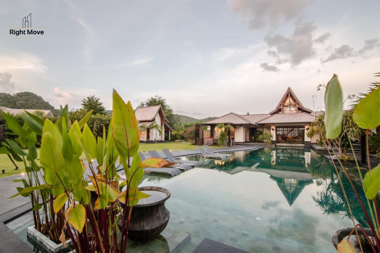 Right Move Thailand Agency's HR853 Hua Hin Villa for sale 200,000,000 THB - 2 Rai - Private Pool 5