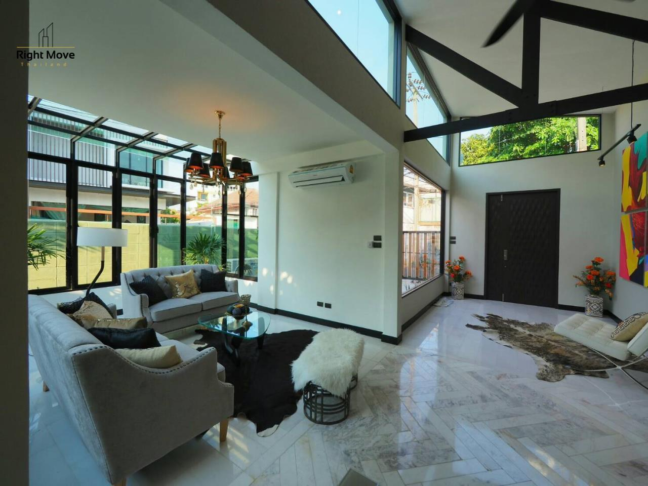 Right Move Thailand Agency's HR874 Single House For Sale 16,500,000 THB 2 Bedrooms 150 Sqm 5