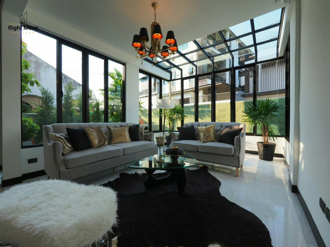 Right Move Thailand Agency's HR874 Single House For Sale 16,500,000 THB 2 Bedrooms 50 Sqw 1