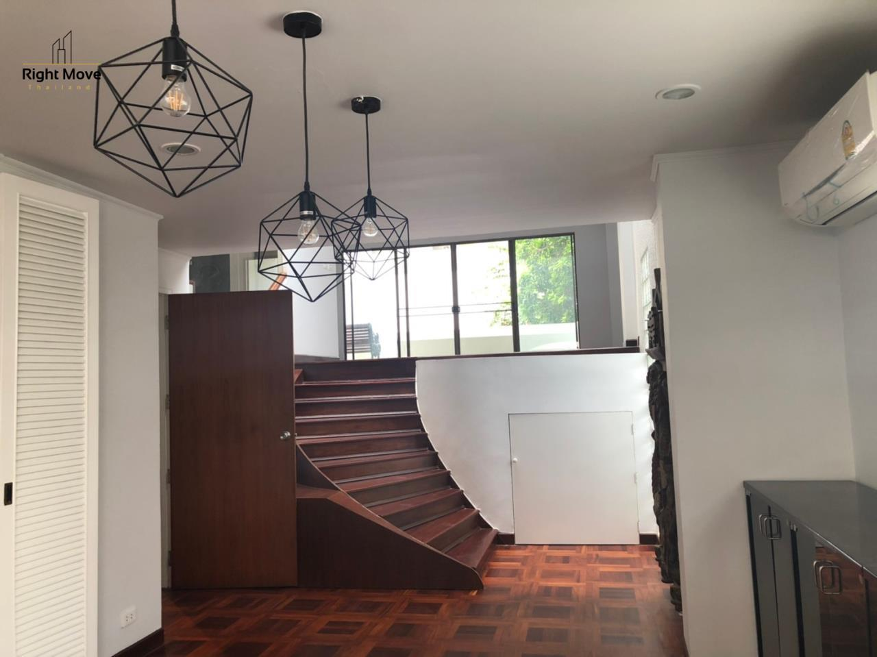 Right Move Thailand Agency's HR917 Newly Renovated Townhouse for rent and sale - 3 Bedrooms - 408 sqm.  6