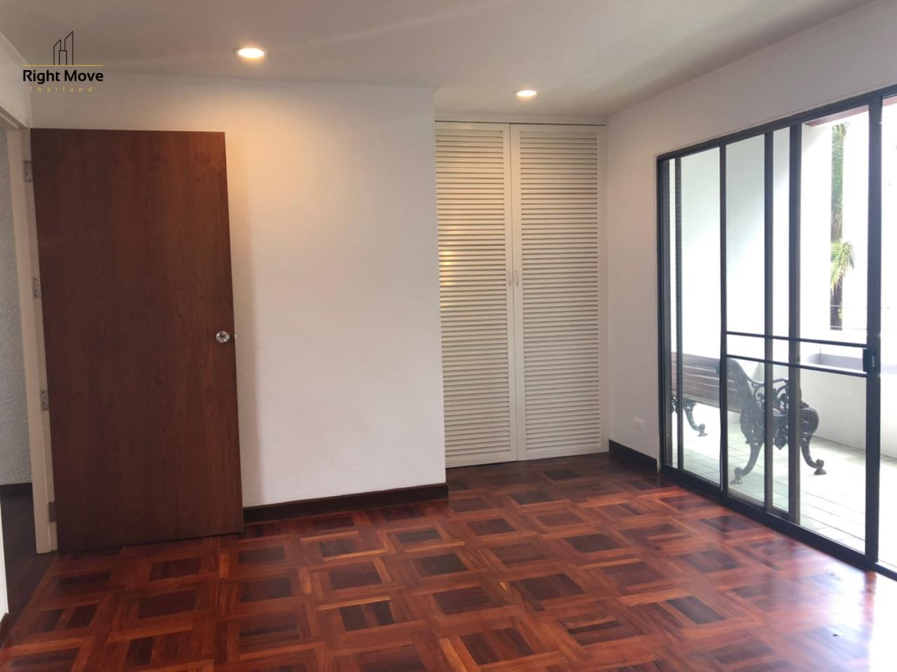 Right Move Thailand Agency's HR917 Newly Renovated Townhouse for rent and sale - 3 Bedrooms - 408 sqm.  3