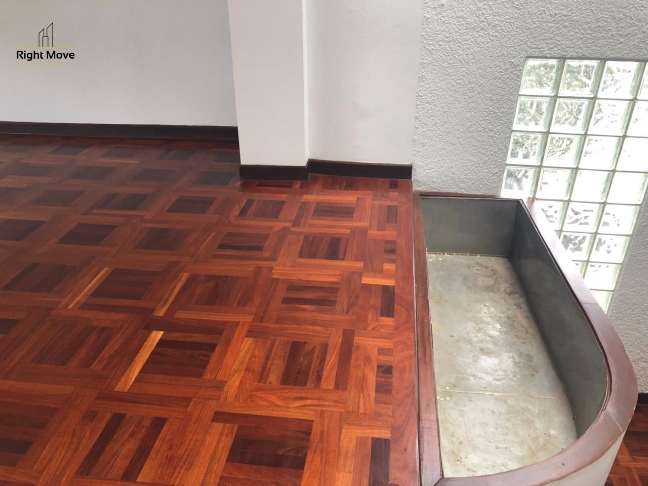 Right Move Thailand Agency's HR917 Newly Renovated Townhouse for rent and sale - 3 Bedrooms - 408 sqm.  15