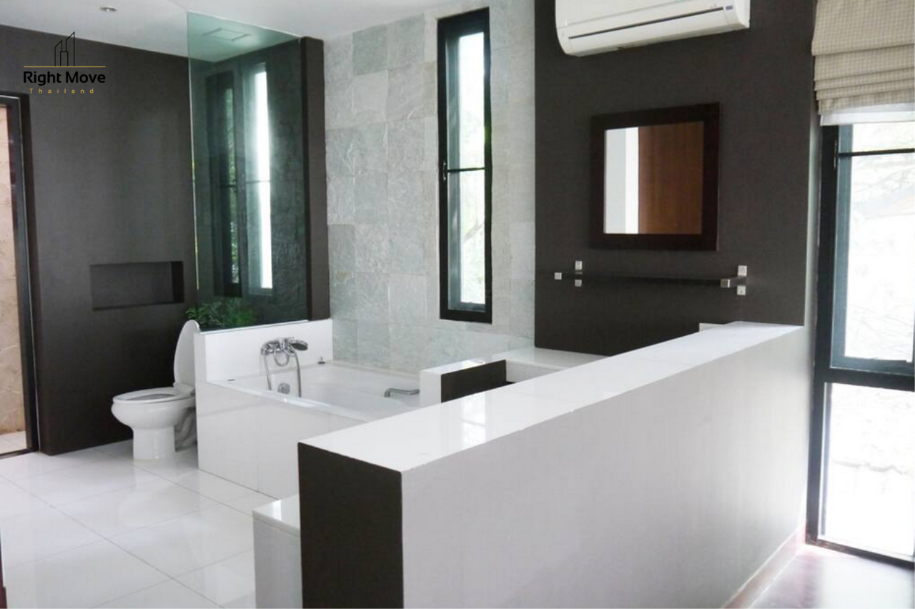 Right Move Thailand Agency's HR933 House with Private Pool For Rent 165,000 THB 3 Bedrooms 400 Sqm 19