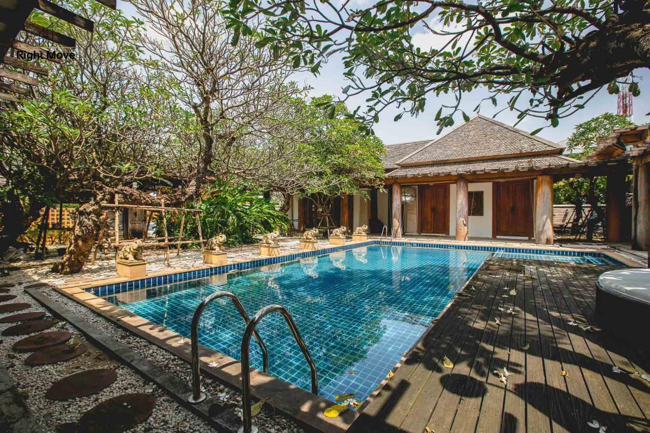 Right Move Thailand Agency's HR593 Single House with Private pool For Sale 120,000,000 THB  1