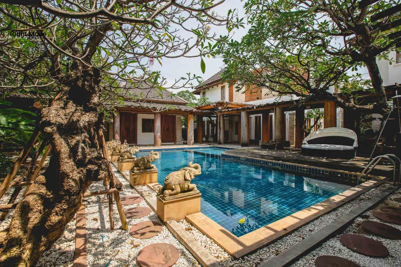 Right Move Thailand Agency's HR593 Single House with Private pool For Sale 120,000,000 THB  2