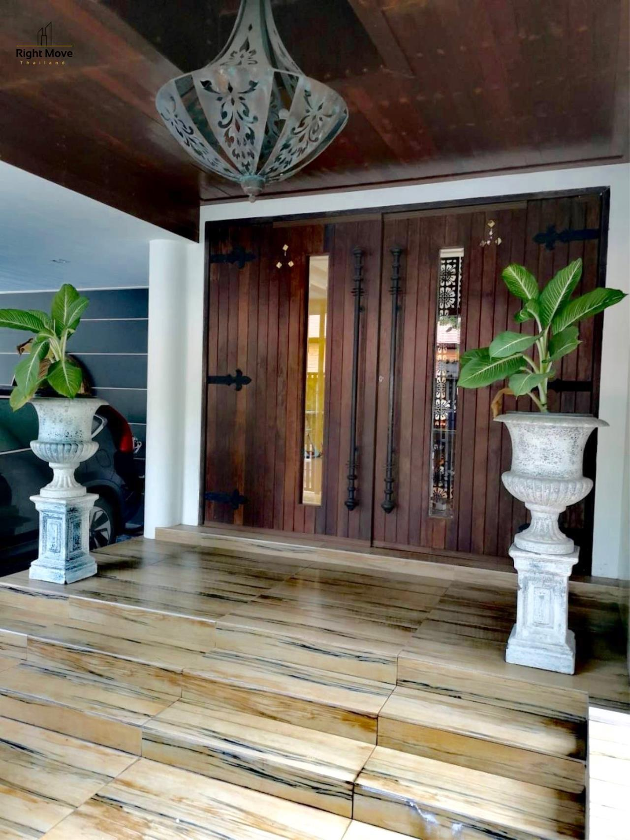 Right Move Thailand Agency's HR959 House For Sale 75,000,000 THB  5