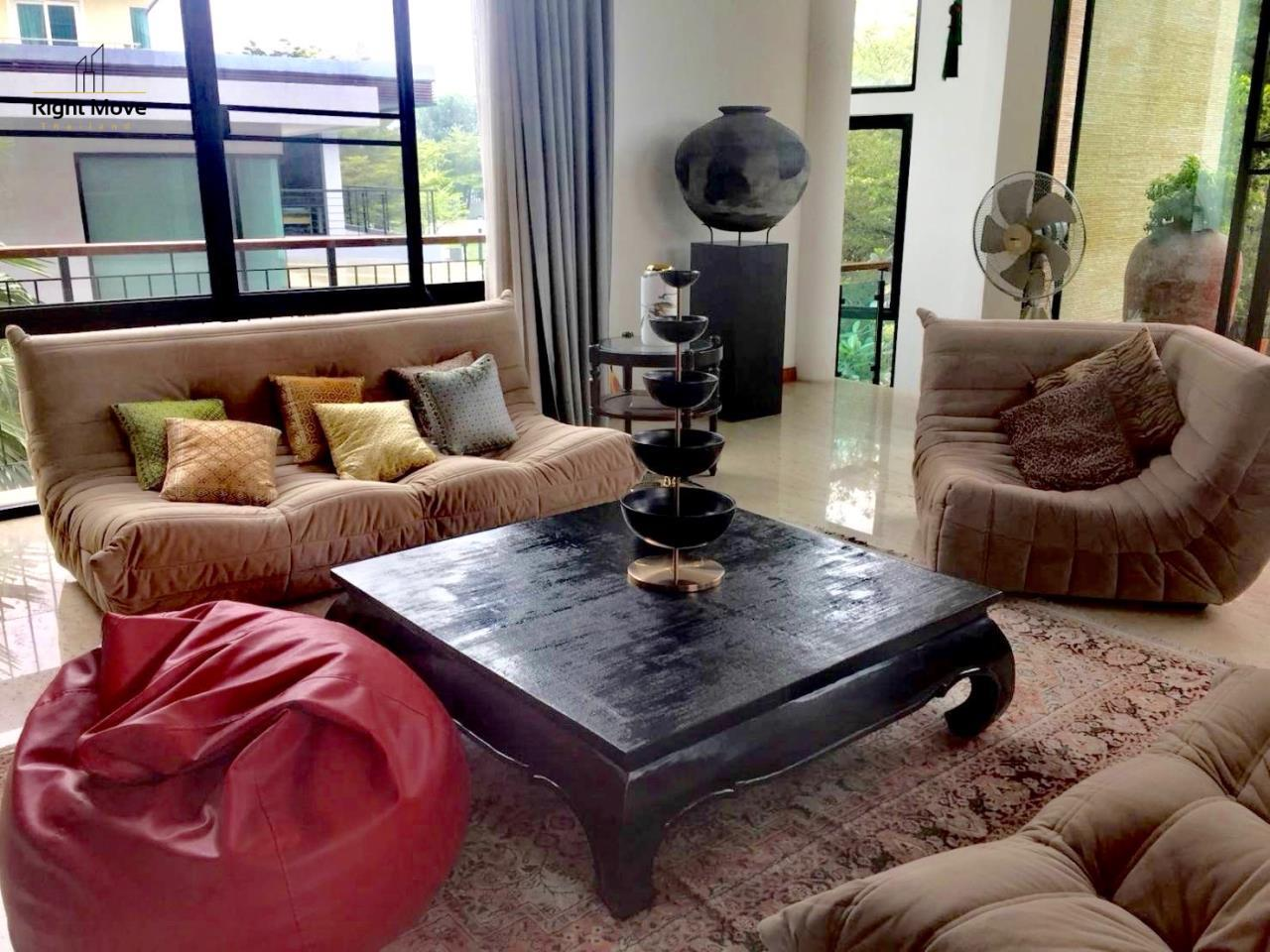 Right Move Thailand Agency's HR959 House For Sale 75,000,000 THB  1