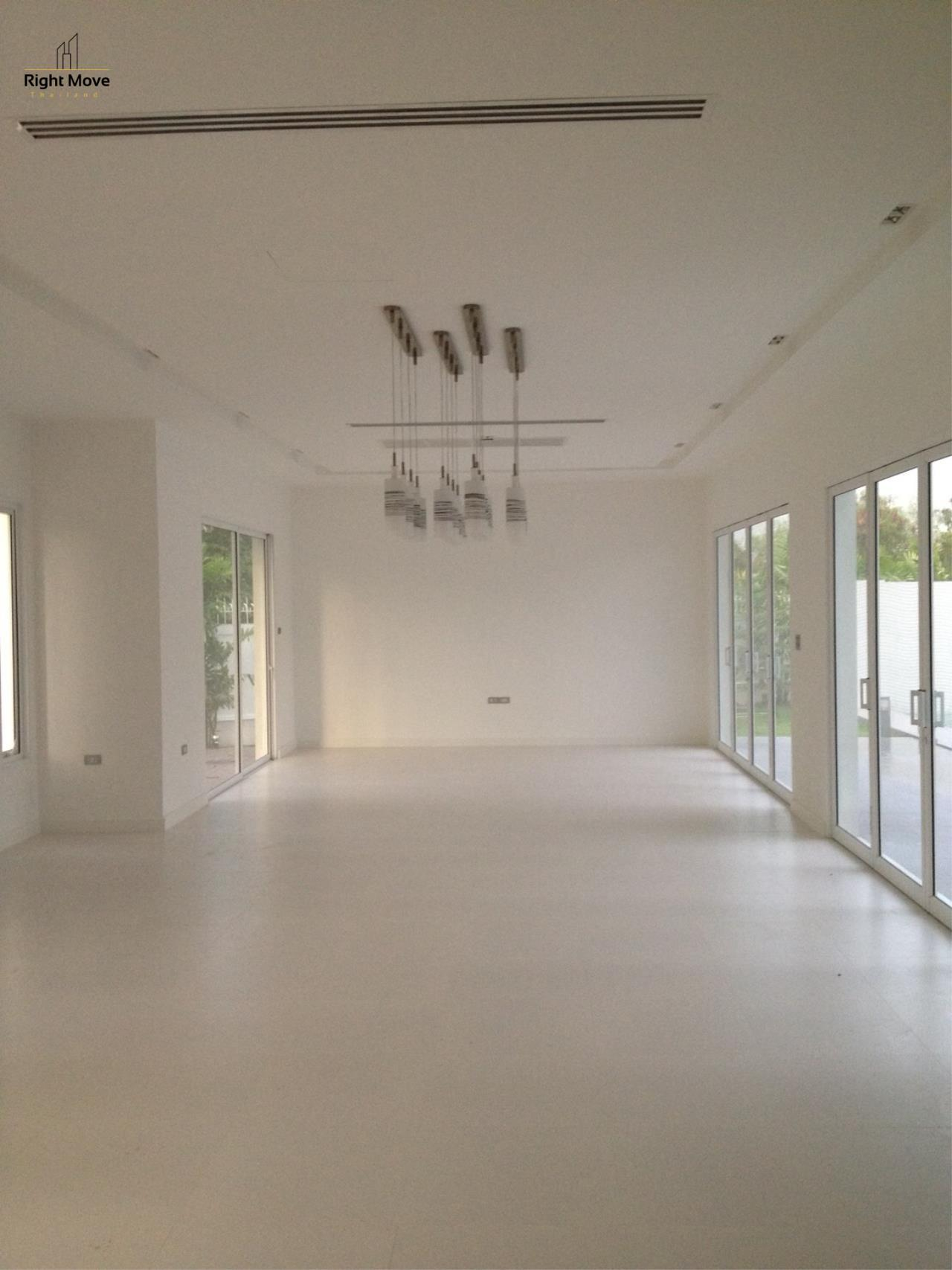 Right Move Thailand Agency's HR963 House with private pool - For Rent 180,000 THB 4 Bedrooms 450 Sqm 200 Sqw 5
