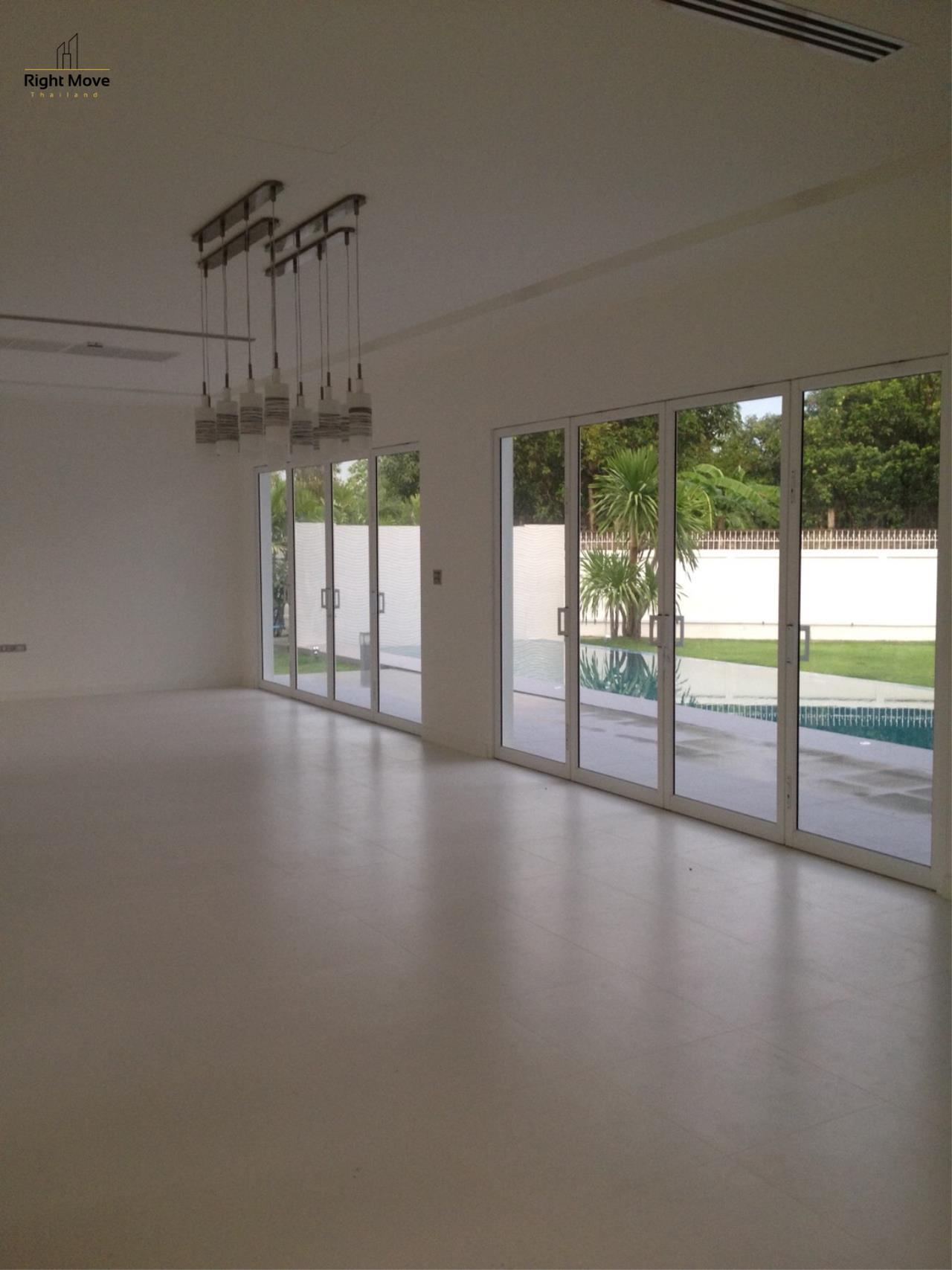 Right Move Thailand Agency's HR963 House with private pool - For Rent 180,000 THB 4 Bedrooms 450 Sqm 200 Sqw 6