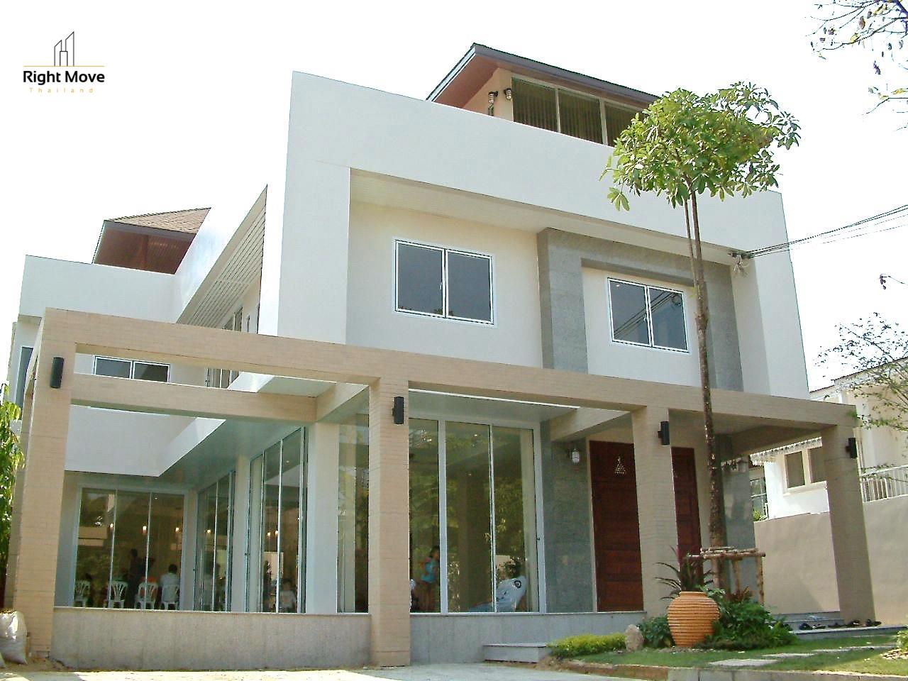 Right Move Thailand Agency's HR968 Single House For Rent 170,000 THB 4 Bedrooms 500 Sqm 1