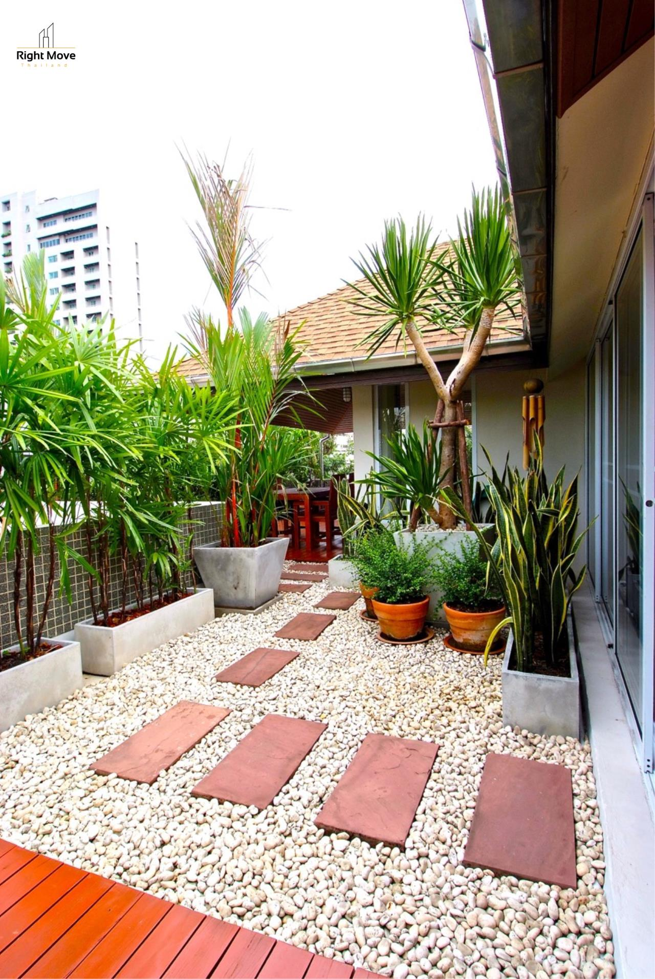 Right Move Thailand Agency's HR968 Single House For Rent 170,000 THB 4 Bedrooms 500 Sqm 5