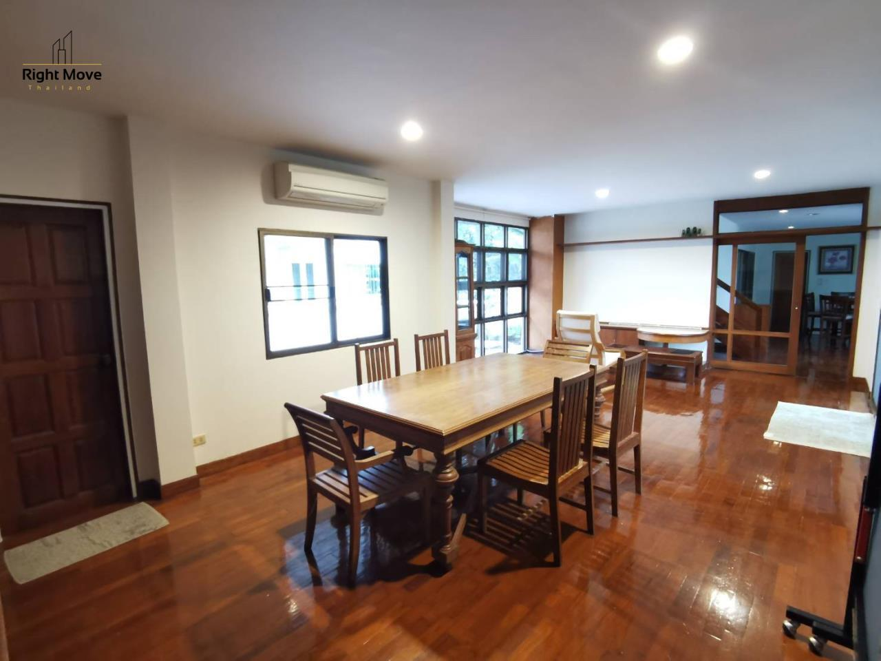 Right Move Thailand Agency's HR976 House For Rent 70,000 THB 3 Bedrooms 250 Sqm 3