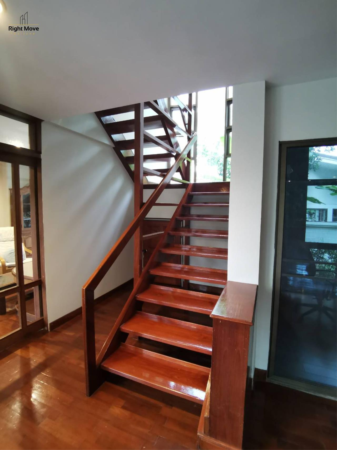 Right Move Thailand Agency's HR976 House For Rent 70,000 THB 3 Bedrooms 250 Sqm 9