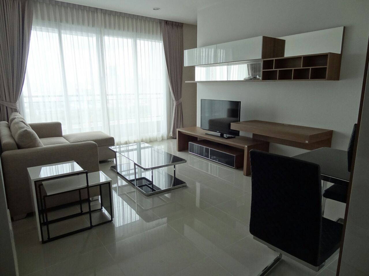 VisionQuest Thailand Property Agency's Behind Soi 11 one bedroom 50 sq.m fully furnished 1
