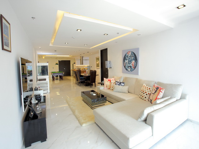 VisionQuest Thailand Property Agency's Luxury 3 beds 3 baths Size: 287 sq.m with city view huge balcony 1