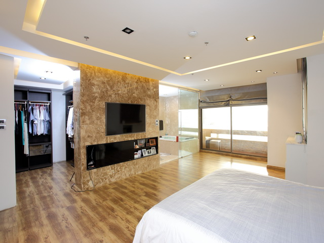VisionQuest Thailand Property Agency's Luxury 3 beds 3 baths Size: 287 sq.m with city view huge balcony 11