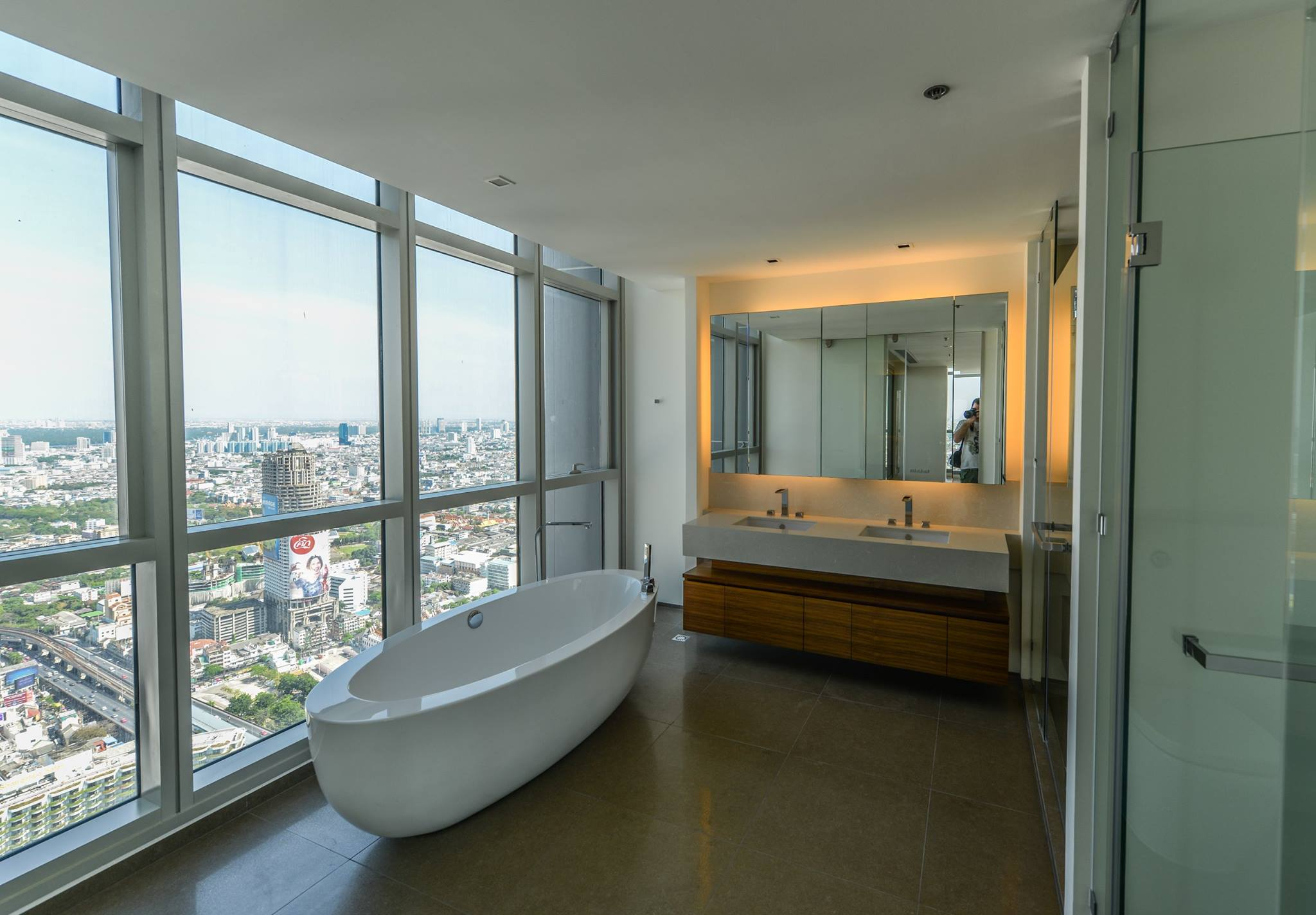 VisionQuest Thailand Property Agency's The River Penthouse 942sq.m spectacular 180 degrees river and city views 27