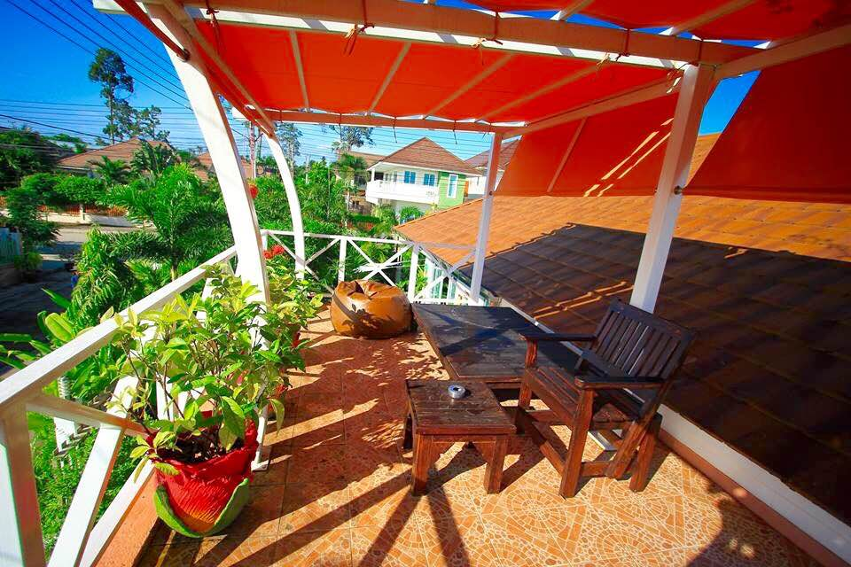 VisionQuest Thailand Property Agency's Bang Saray Beach House for sale at a low price!!! 9