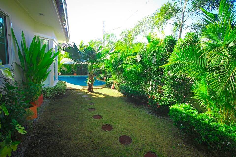 VisionQuest Thailand Property Agency's Bang Saray Beach House for sale at a low price!!! 10
