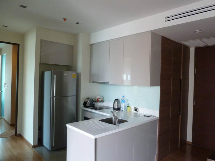 VisionQuest Thailand Property Agency's Asoke 2 bedroom 2 bathroom + 1 Jacuzzi size 65 sqm 2