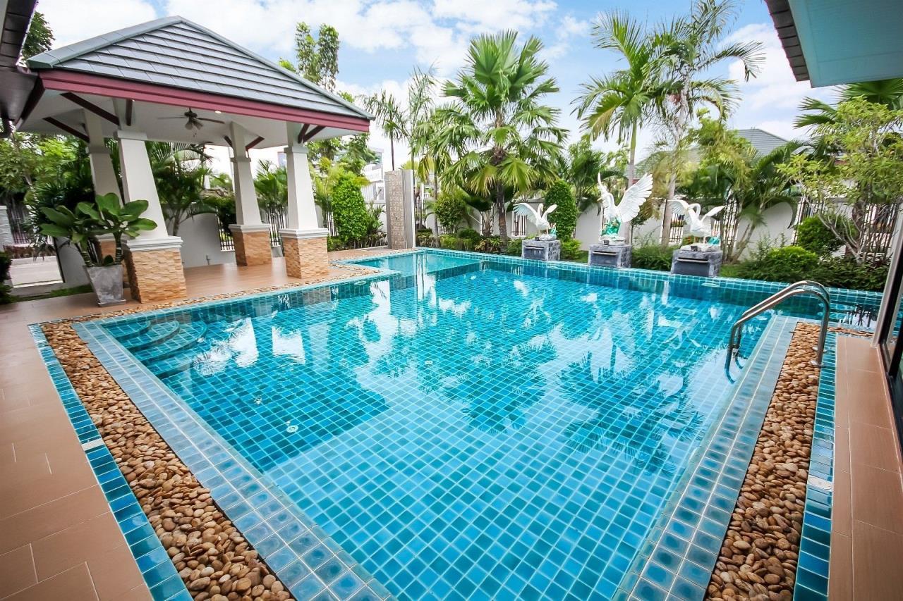 Thaiproperty1 Agency's New pool villa - 50% financ - Na Jomtien 5