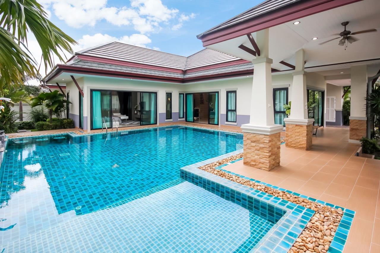 Thaiproperty1 Agency's New pool villa - 50% financ - Na Jomtien 1