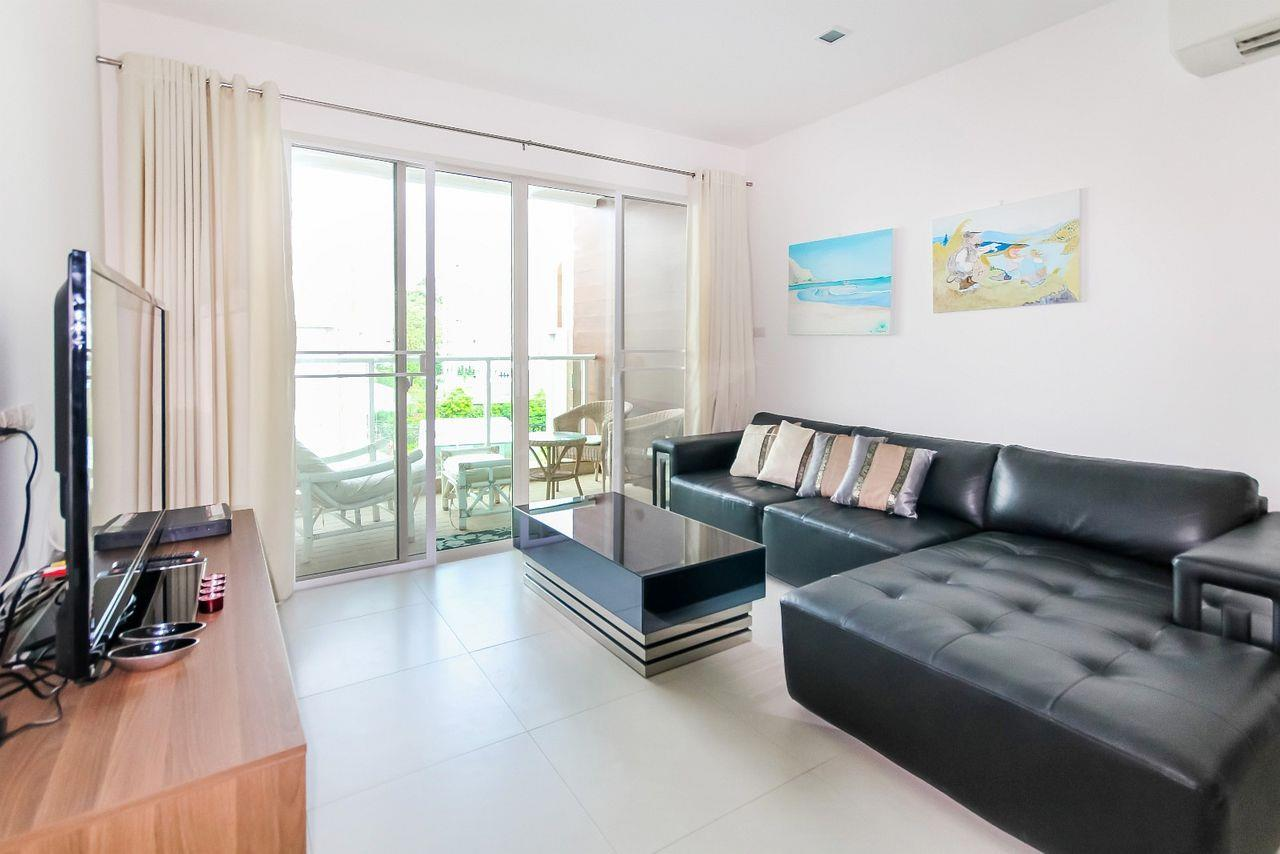 Thaiproperty1 Agency's 2 bedroom condo close to the beach 14