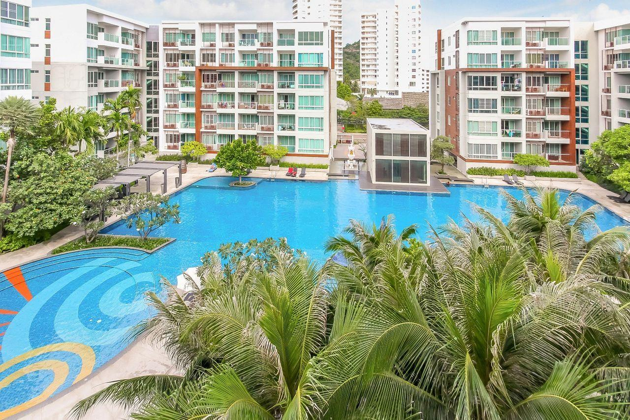 Thaiproperty1 Agency's 2 bedroom condo close to the beach 18