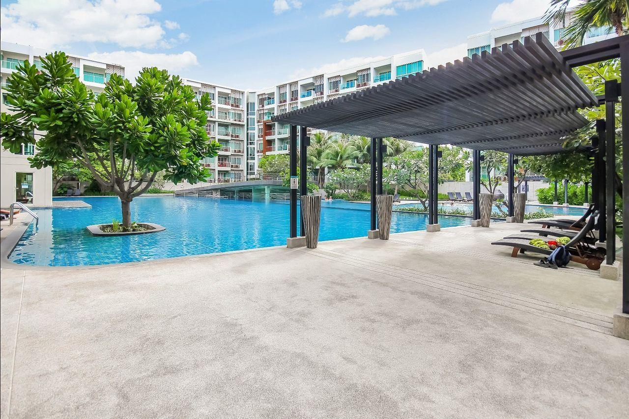 Thaiproperty1 Agency's 2 bedroom condo close to the beach 23